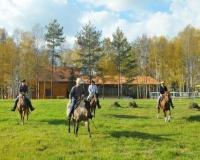 Osrodek Szkoleniowo-Jeździecki   LUCKY 5 RANCH