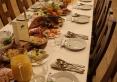 stół podczas bankietu